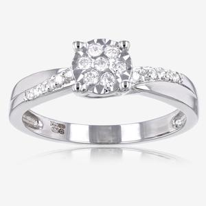 Round Cut 9ct White Gold Diamond Ring